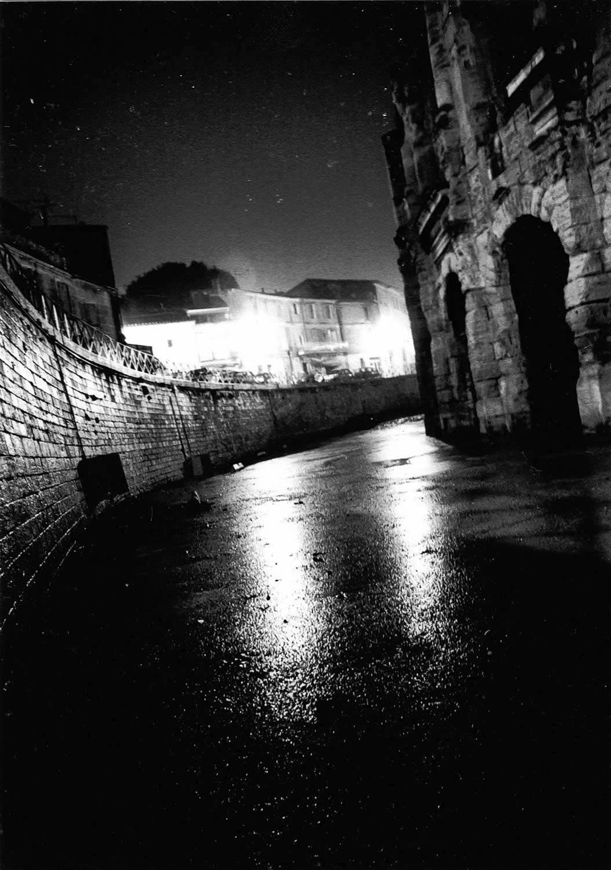 Les Arènes de nuit, Arles