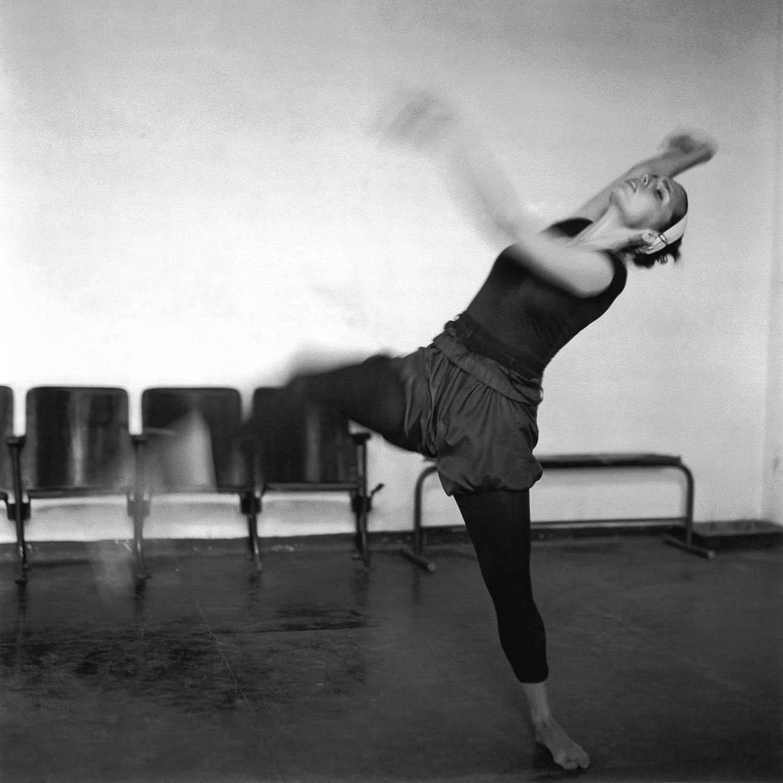 Danseuse contemoraine, La Havane, Cuba1999