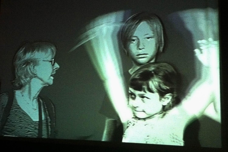 Portrait de famille sur écran