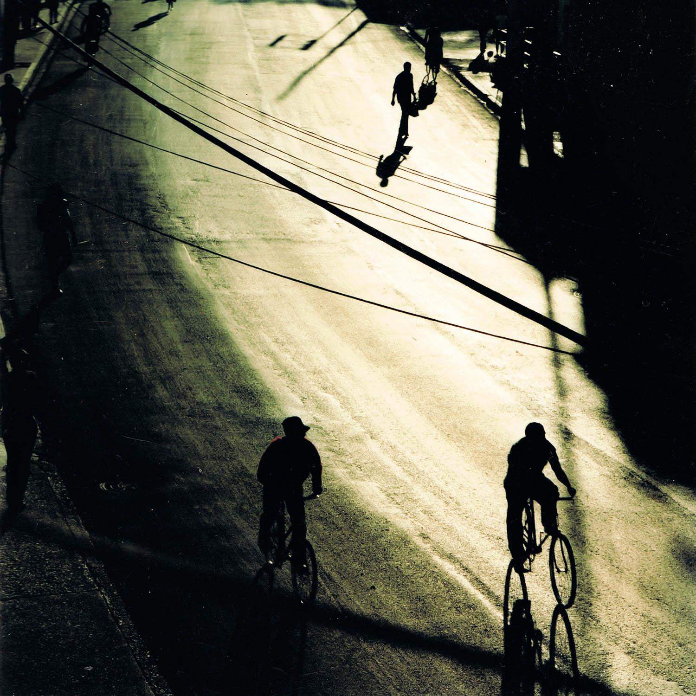 Grande rue dans la lumière du soir, La Havane, Cuba 1999
