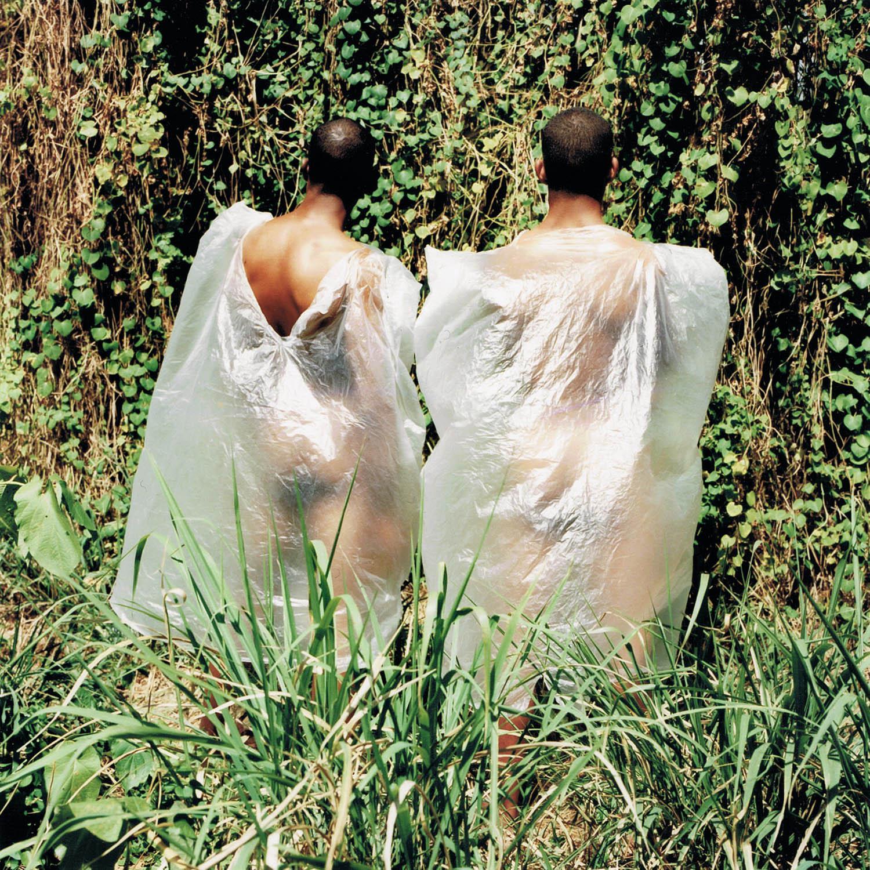 Nus au plastique, La Havane