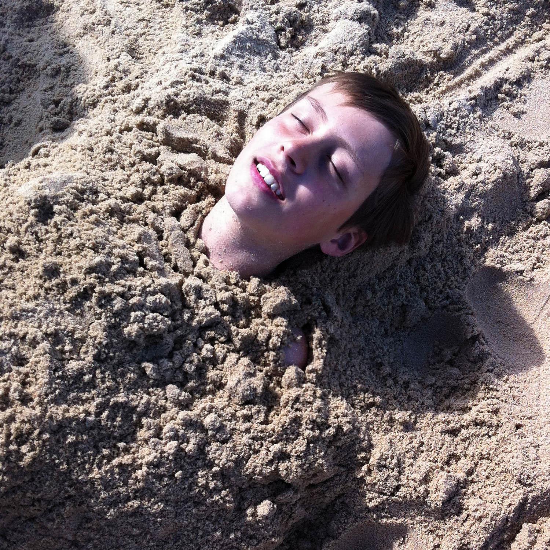 Enfance, joie du sable